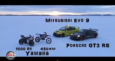 Yamaha YZF 1000 R1 vs Porsche GT3 RS .. na neve
