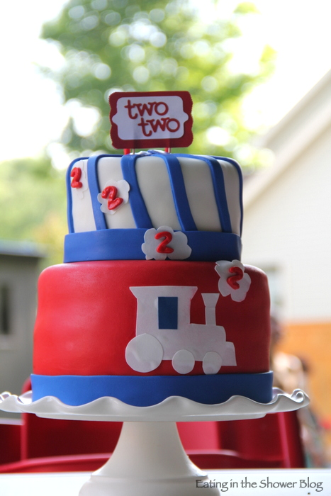 two two train birthday cake