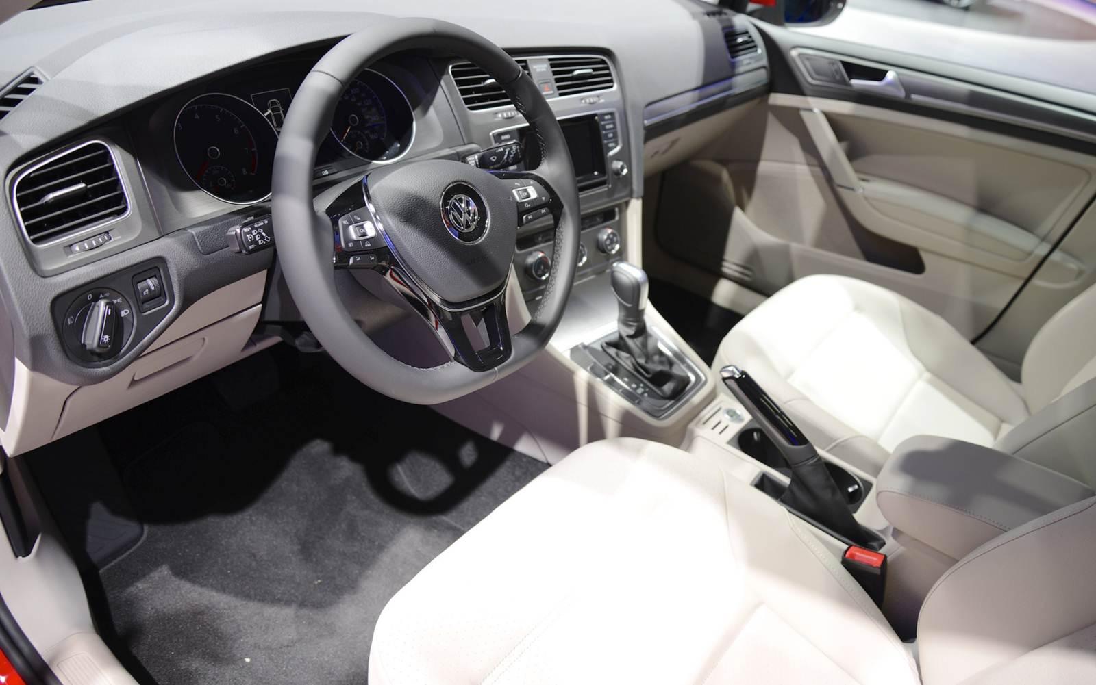 Novo VW Golf 2015 - EUA spec - interior