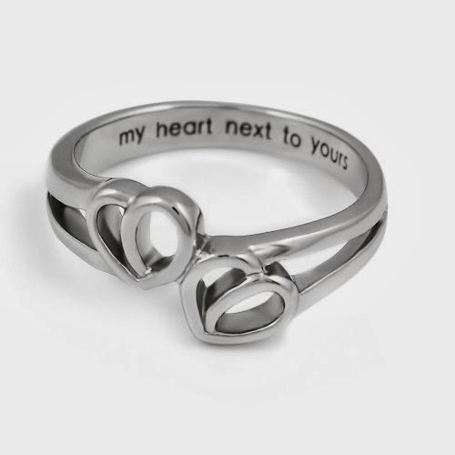 Small Gift Ideas For Girlfriend: 30+ Inexpensive Small Gift Ideas For Your Girlfriend. Great For