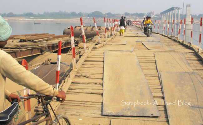 Pontoon Bridge connecting Varanasi and Ramnagar