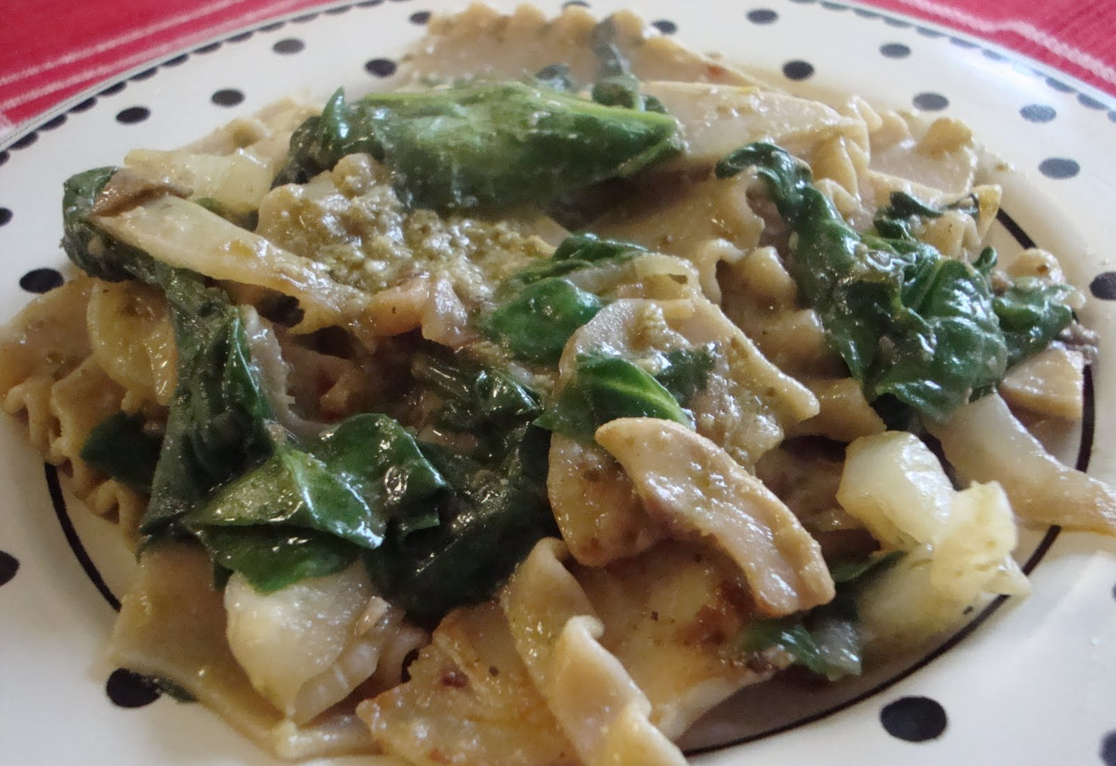 "Food Floozie: Pasta ""Rags"" with Fennel, Mushrooms and Spinach"