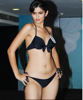 Bollywood actress group nude images gay