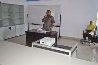 FK UNIPA SORONG - Rektor sedang membuka PKKMB Fak Kedokteran UNIPA di Sorong