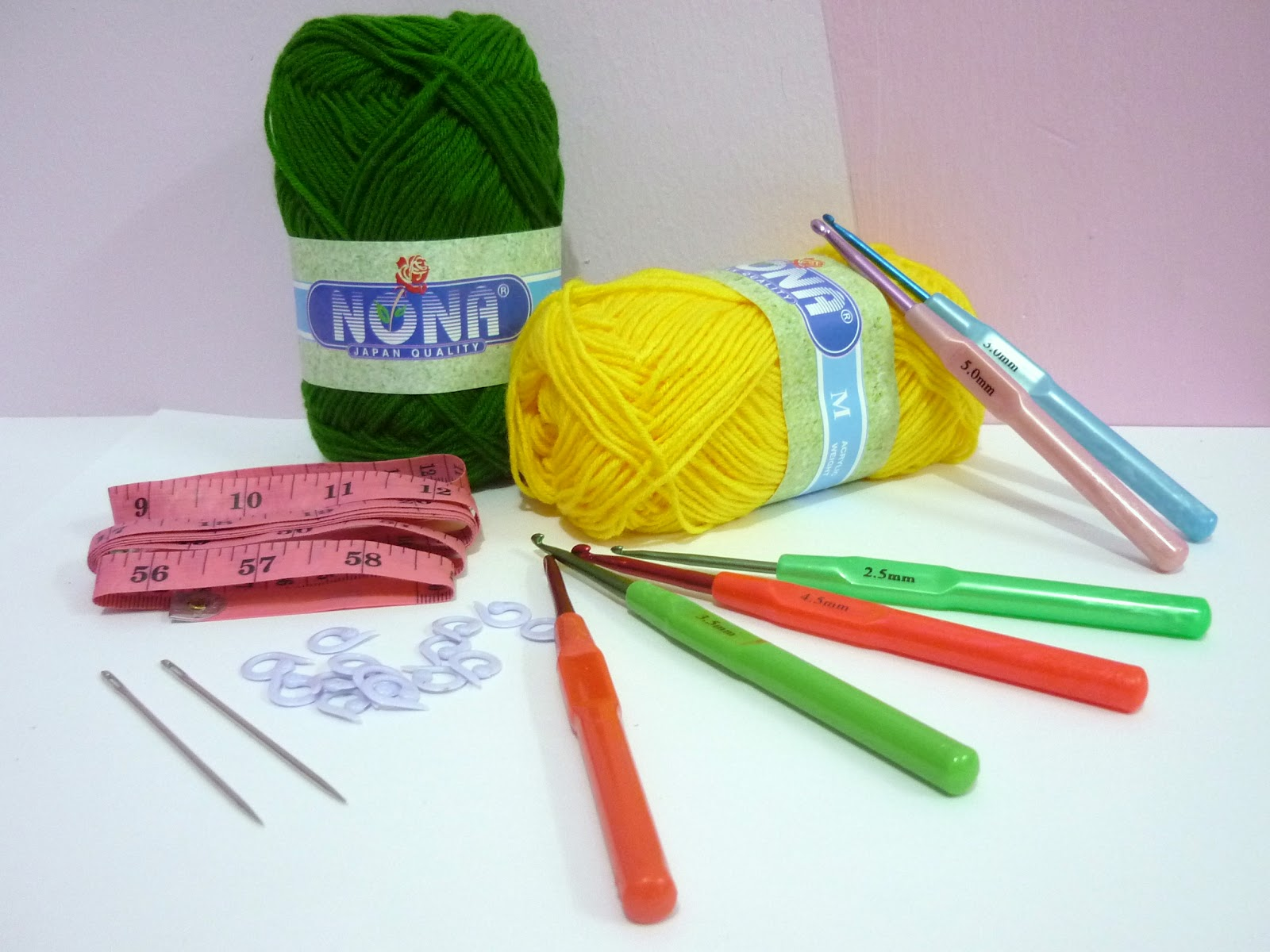 Crocheting Kit : Fun Crochet Tools: 5 in 1 Crochet Kit