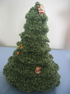 Crochet Table Top Christmas Tree