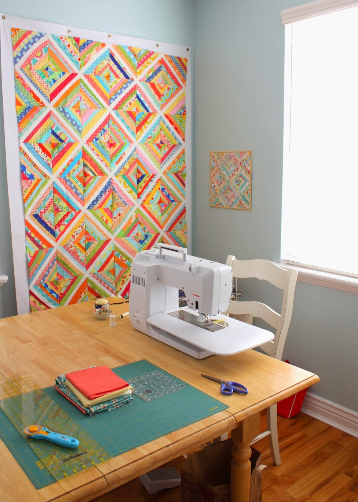 Around the world blog hop diary of a quilter a quilt blog for Dining room quilter