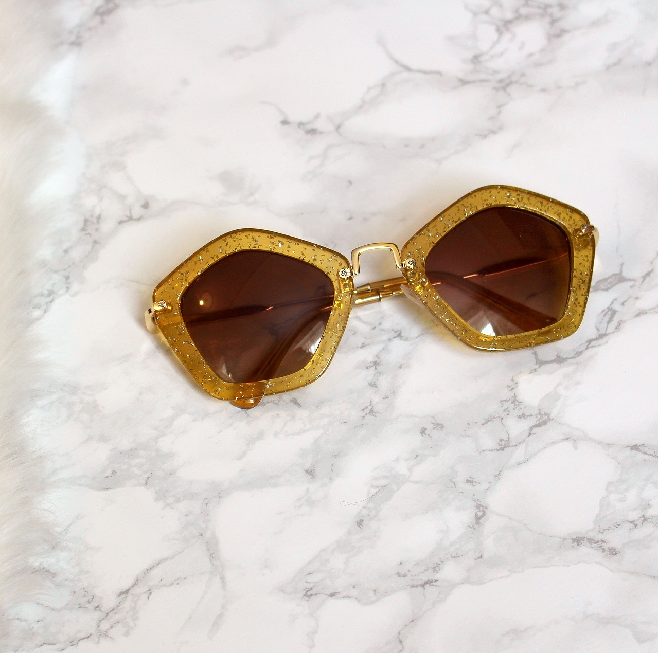 peexo fashion blog gold miu miu inspired sunglasses from laundry boutique