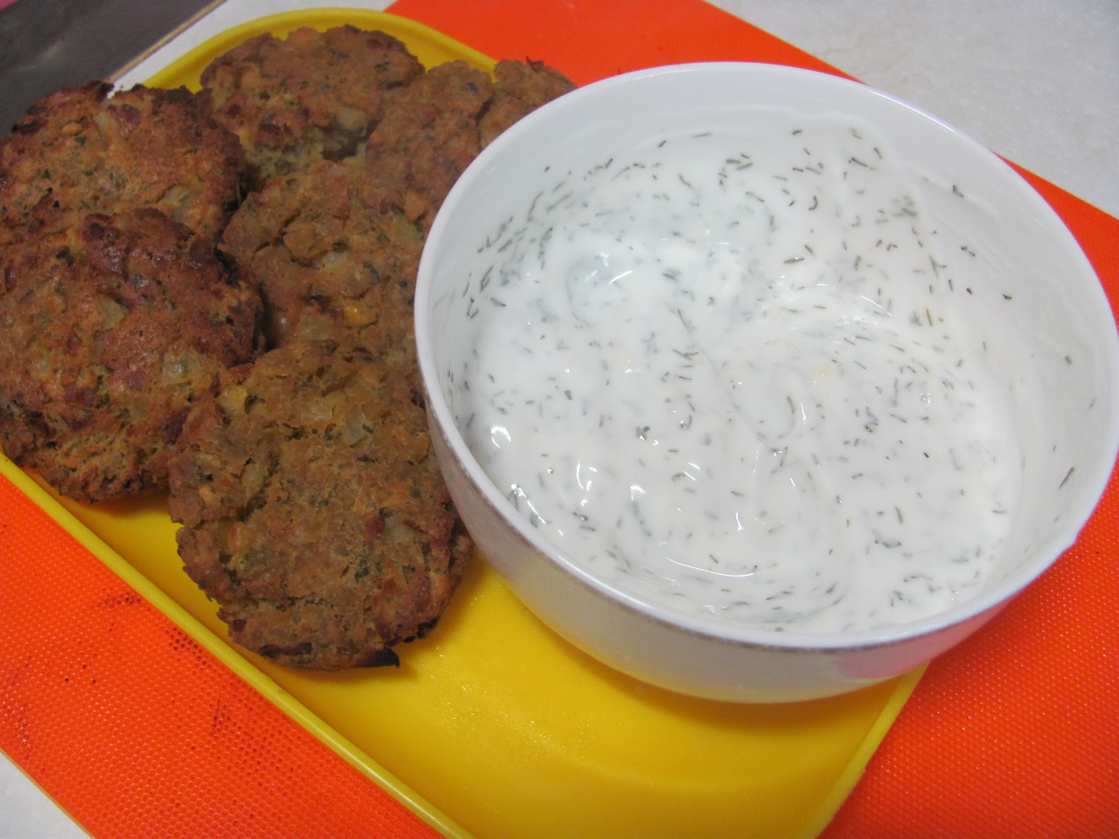appetizer: falafel and yogurt dipping sauce