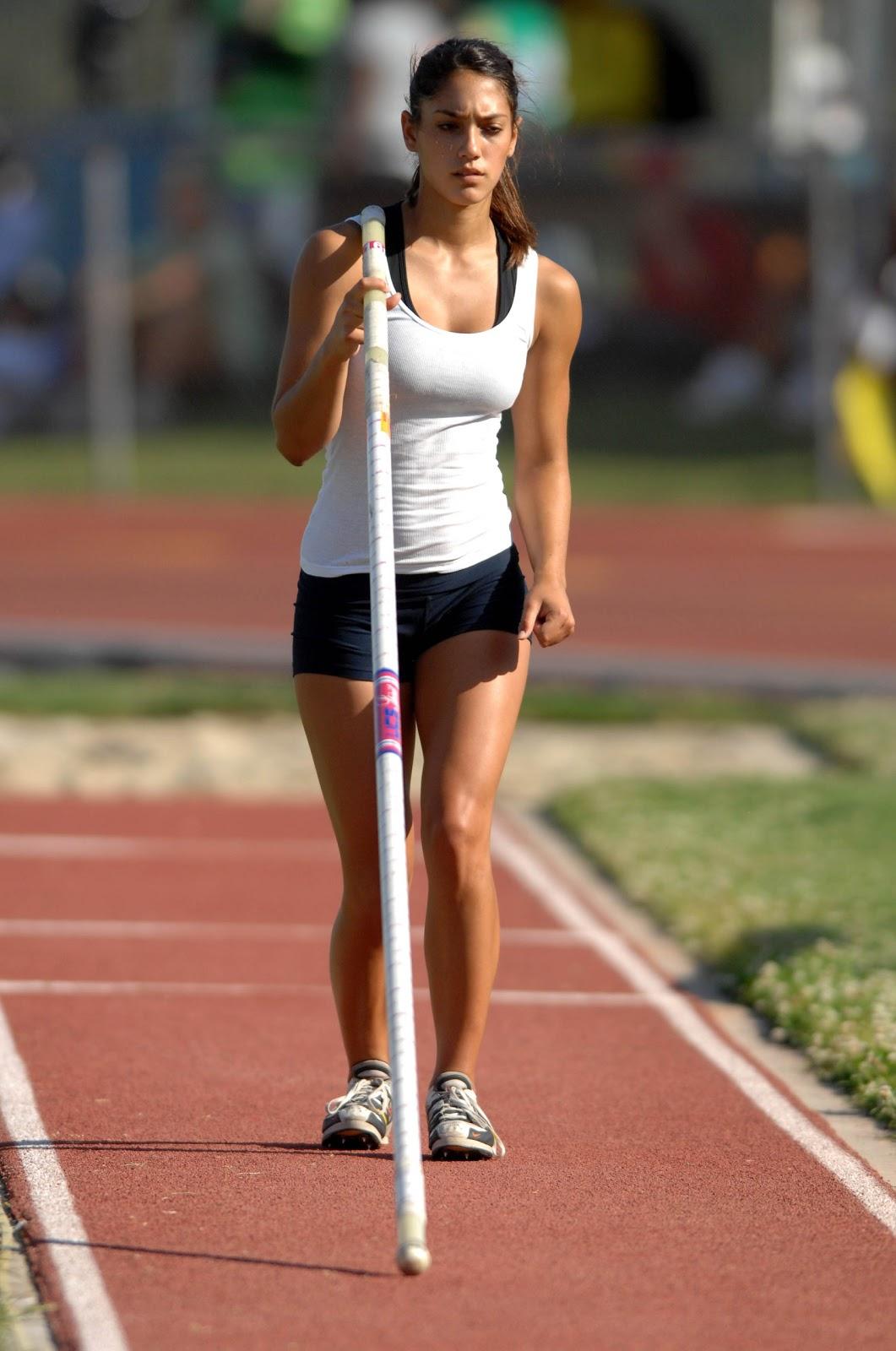 http://4.bp.blogspot.com/-7h1D2swnnLs/UBpKMrGYLfI/AAAAAAAAEIw/pq-XprHOf5c/s1600/Allison_Stokke_Olympics-2012-04.jpg