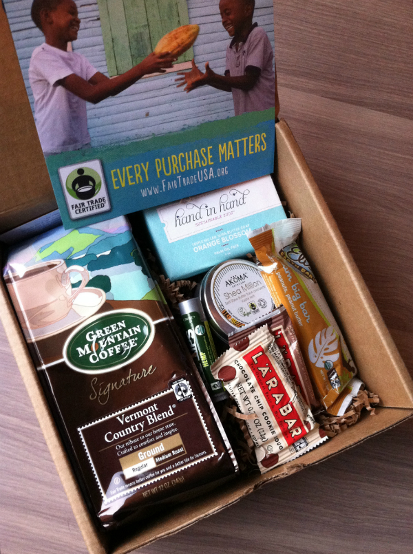 Blissmo Box - Fair Trade Box - September 2012 Review - Monthly Eco Friendly Subscription Boxes Unboxing