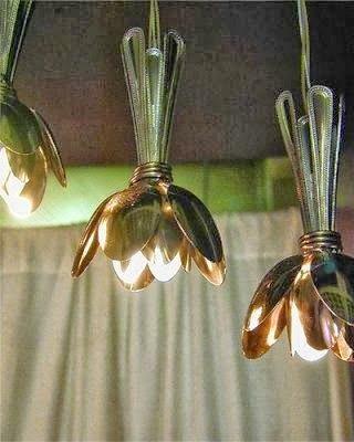 luminária com colher