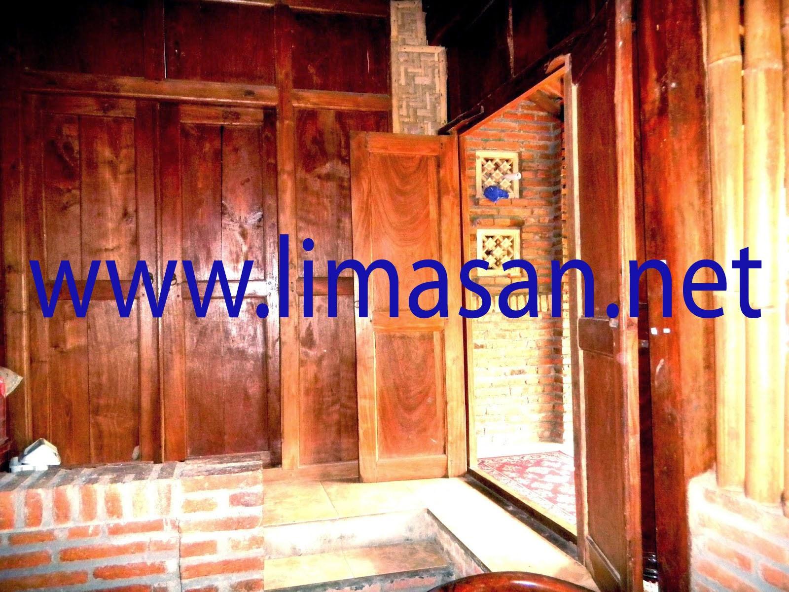 Rumah Limasan Di Sleman Yogyakarta ruang dalam