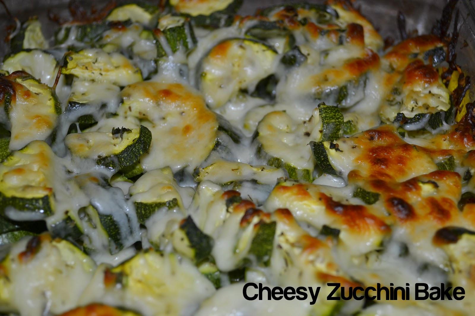 yOuR liTtLe BiRdiE: Cheesy Zucchini Bake