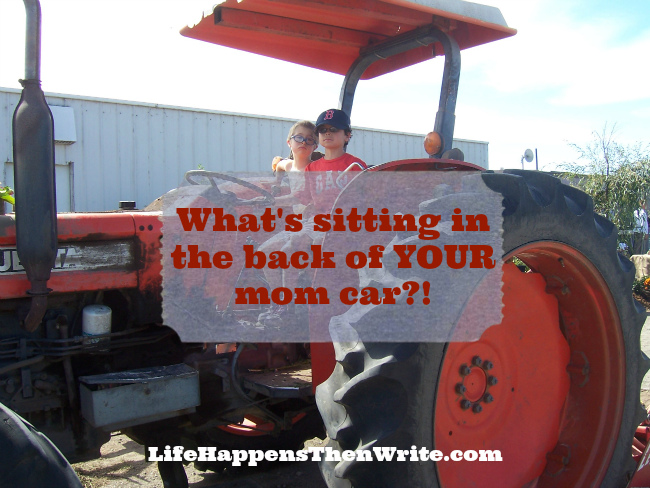 What's Sitting in the Back of YOUR Mom Car?! {LifeHappensThenWrite.com}