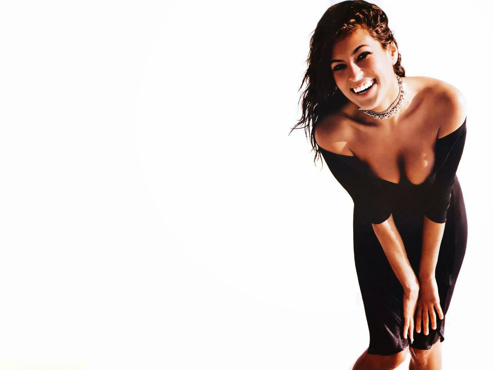 Eva mendes nice smile hd desktop wallpaper