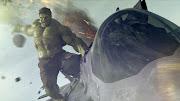. sutradara ketika Iron Man menyerang Thor yang datang dari dimensi lain .