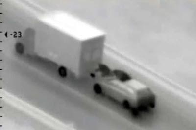 Bandidos tentam roubar caminhão no estilo Velozes e Furiosos na Romenia