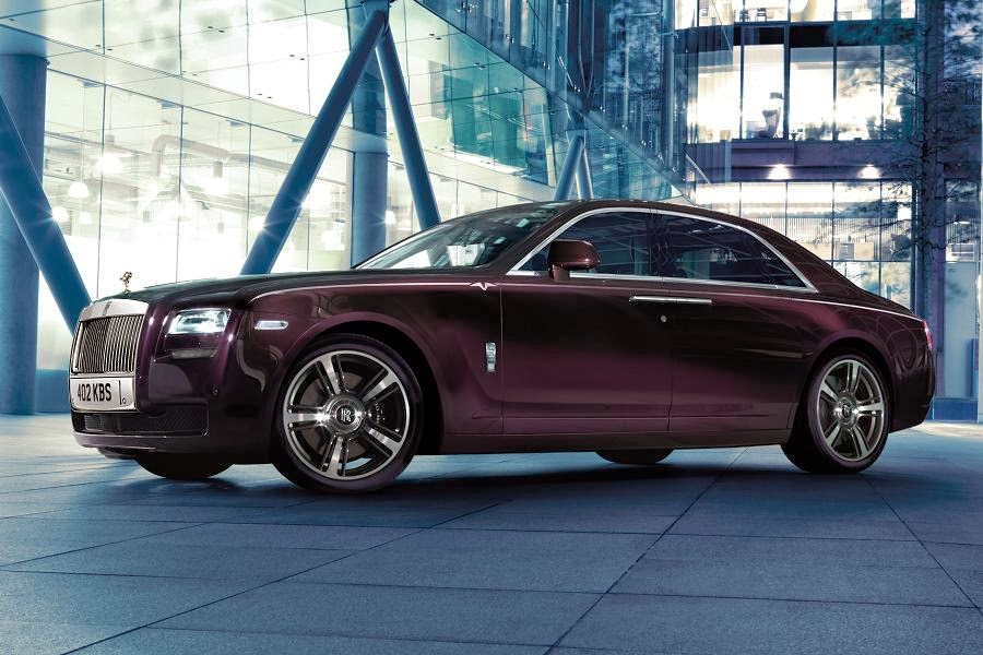 Rolls-Royce Ghost V-Specification (2014) Front Side