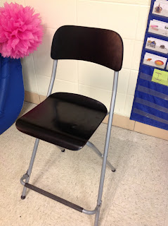 letter expert's special chair