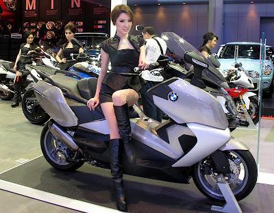 galeri foto gadis motor show-3 2012
