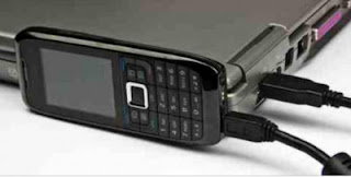 celular modem, modem, utilizar el celular como modem, conectarse a internet en la computadora desde el celular, imagenes de tecnología, tecnologia, tecnologia moderna, celular y un portátil, un portátil y un celular