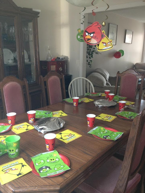 angry bird party table tales of mommyhood