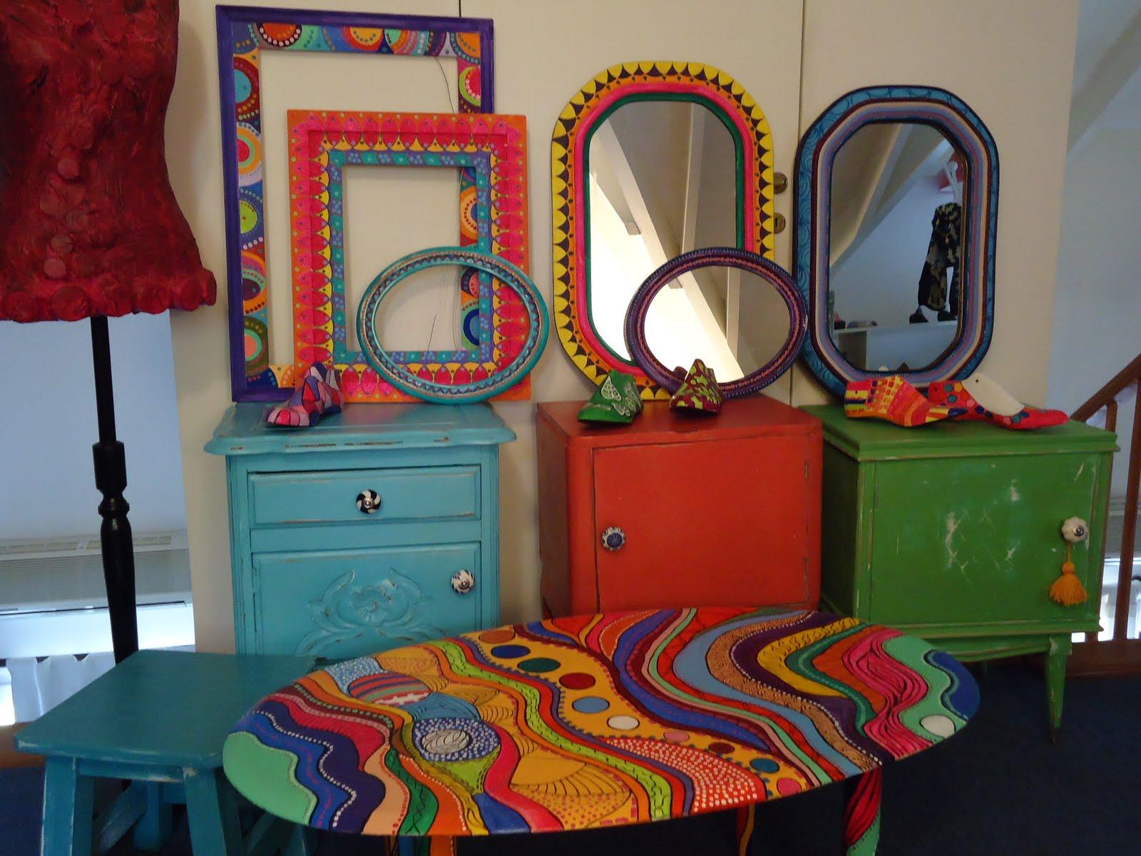 Vintouch muebles reciclados pintados a mano marcos for Muebles pintados de colores