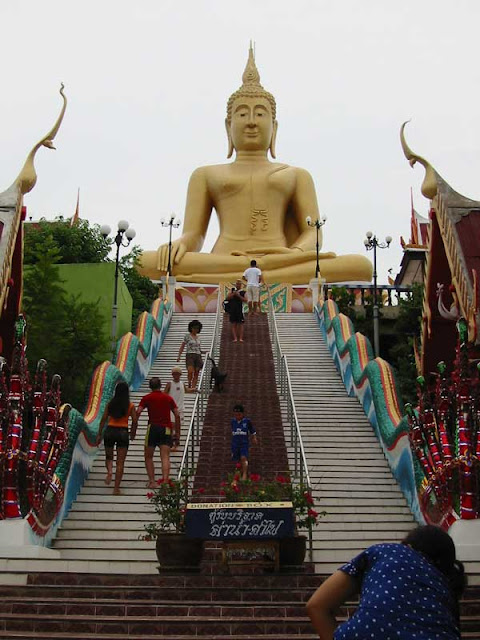 Statue of Big Buddha of Thailand Picture
