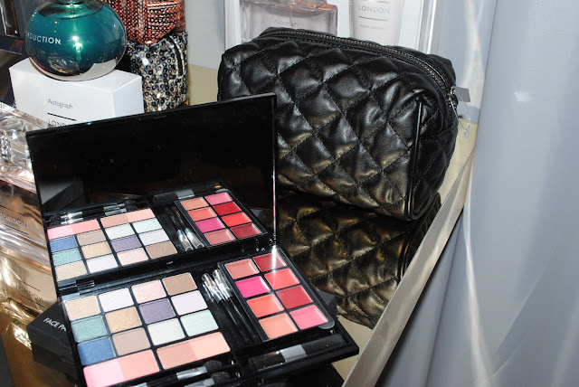 Autograph_chanel_Makeup Bag