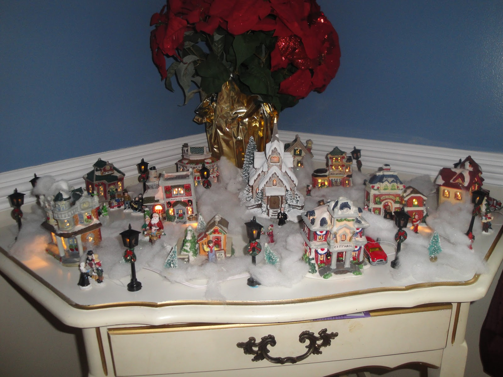 Decorating Ideas > Small Things Christmas Memories ~ 075812_Thanksgiving Village Decorations
