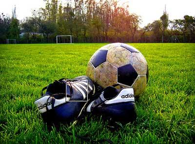 Dan kada je nastao fudbal Fudbal-lopta-kopacke