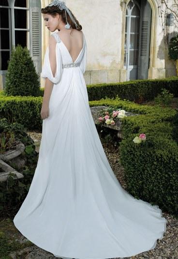 robes de mariage robes de soir e et d coration robe de mari e divina sposa. Black Bedroom Furniture Sets. Home Design Ideas