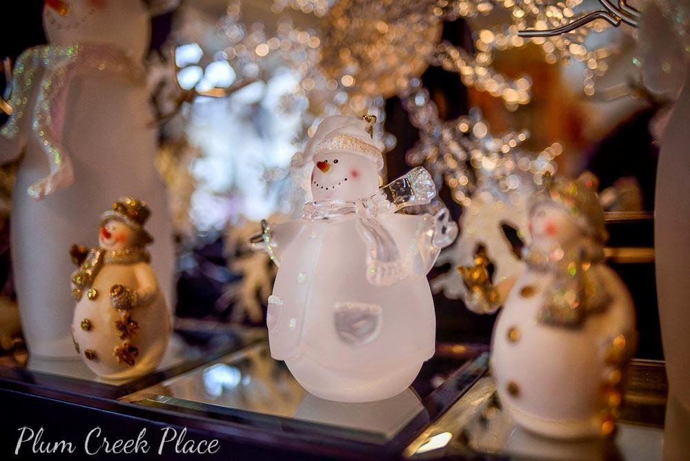 Snowflakes and Ice Winter Wonderland Tablescape - Christmas table