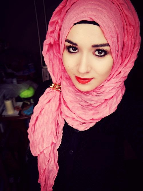 Hijab Vintage: how to wear pink this summer?