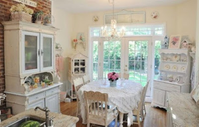 Be a Design Superstar by Implementing Vintage Style With Vintage Furniture | Home And Decoration Tips