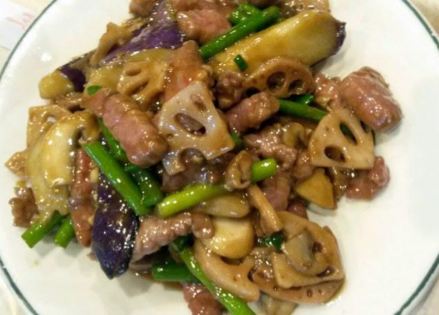 Ternera con verduras, en el restaurante chino de Plaza de España