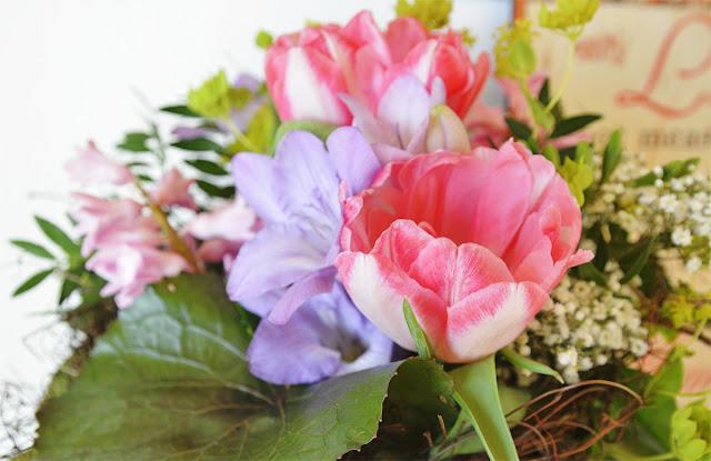 BIWYFI: Dankbarkeit im Februar mit Blumen @frauvau.blogspot.de