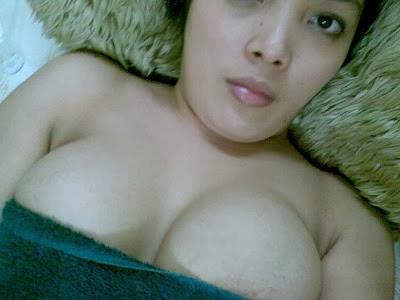 Hot Foto Tante Girang Bugil Toket Gede