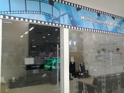 reliance digit store, R city mall mumbai, indiblogger invite, reliance digital experiance