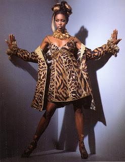 bbnaomicampbell199203vegk5 Beauty Flashback | Naomi Campbell for Versace Atelier