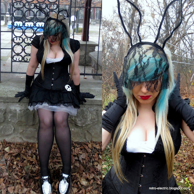goth gothic nugoth outfit inspiration alternative girl corset creepers blue hair