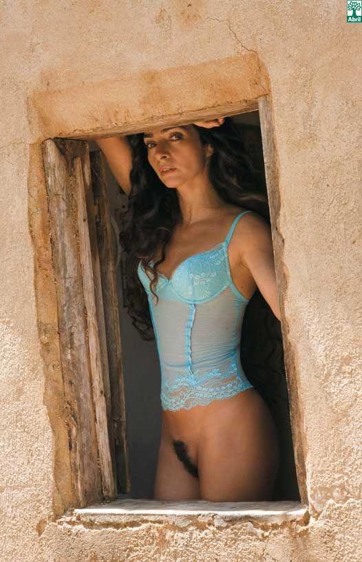 Claudia Ohana Nua Em Novo Ensaio E Menos Peludinha Relembre