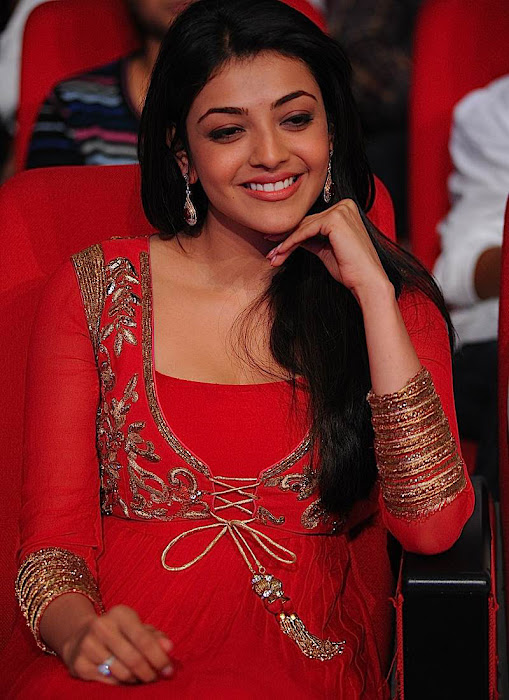 kajal agarwal at businessman audio launch, kajal new hot images