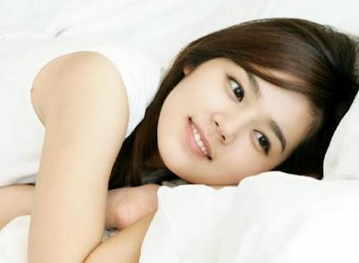 Han Ga In Artis Korea Cantik Tanpa Operasi Plastik