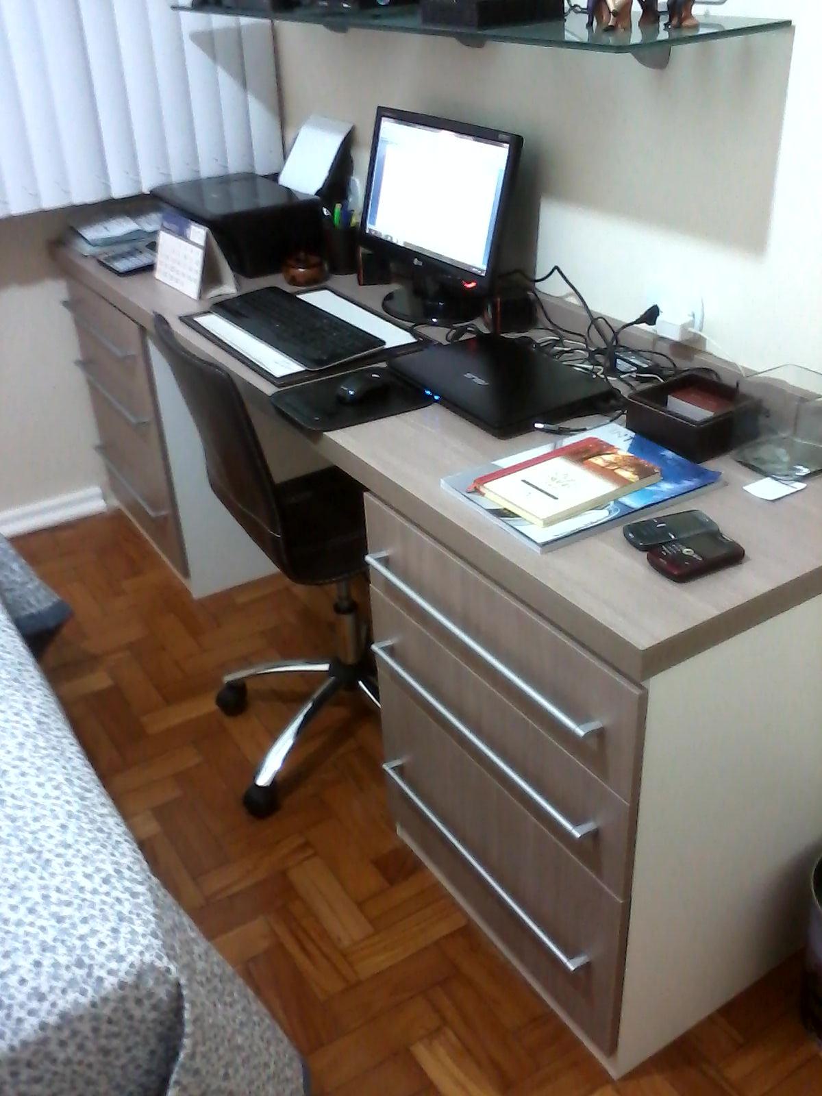 Ambientes & Ideias: Um quarto bonito funcional e aconchegante  #613B22 1200x1600 Banheiro Bonito E Funcional