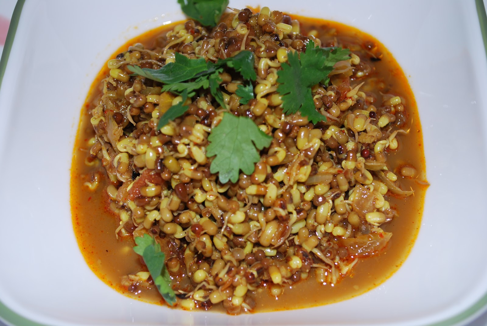 SpiceNFlavors MisalSprouted Beans
