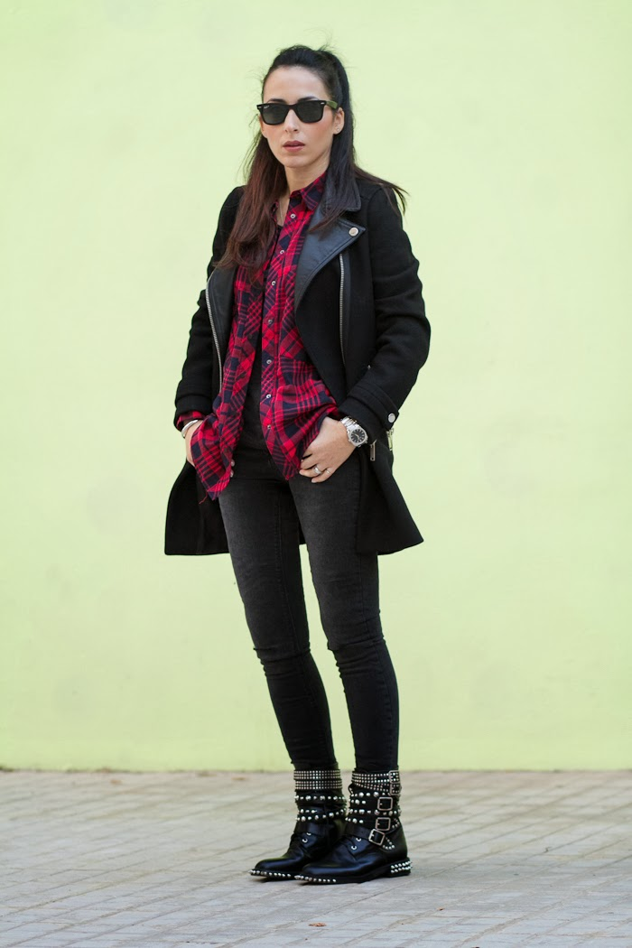 Fashion Blogger withorwithoutshoes in a Black Biker coat by Zara