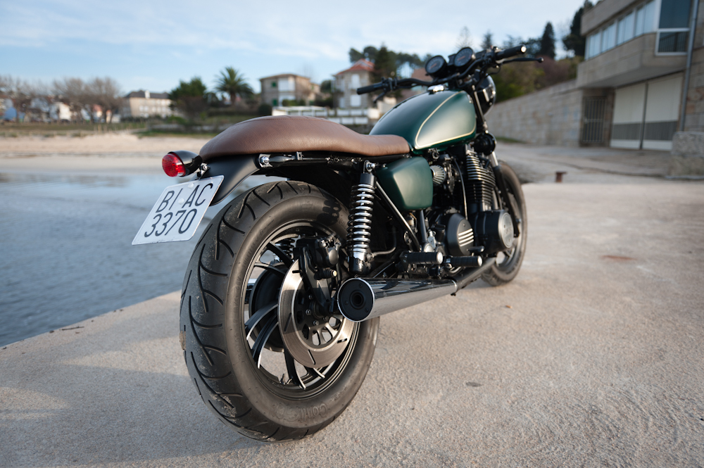 This Is How To Do A Cafe' Racer