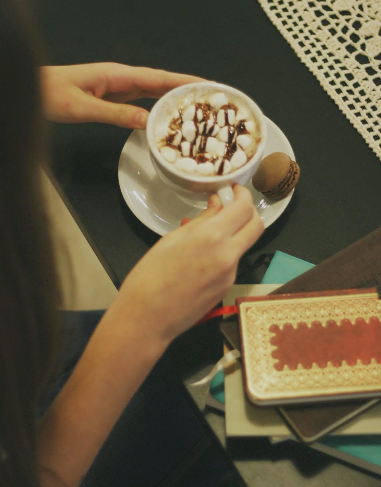 hot cocoa, sweet treats, coffee shop, cafe